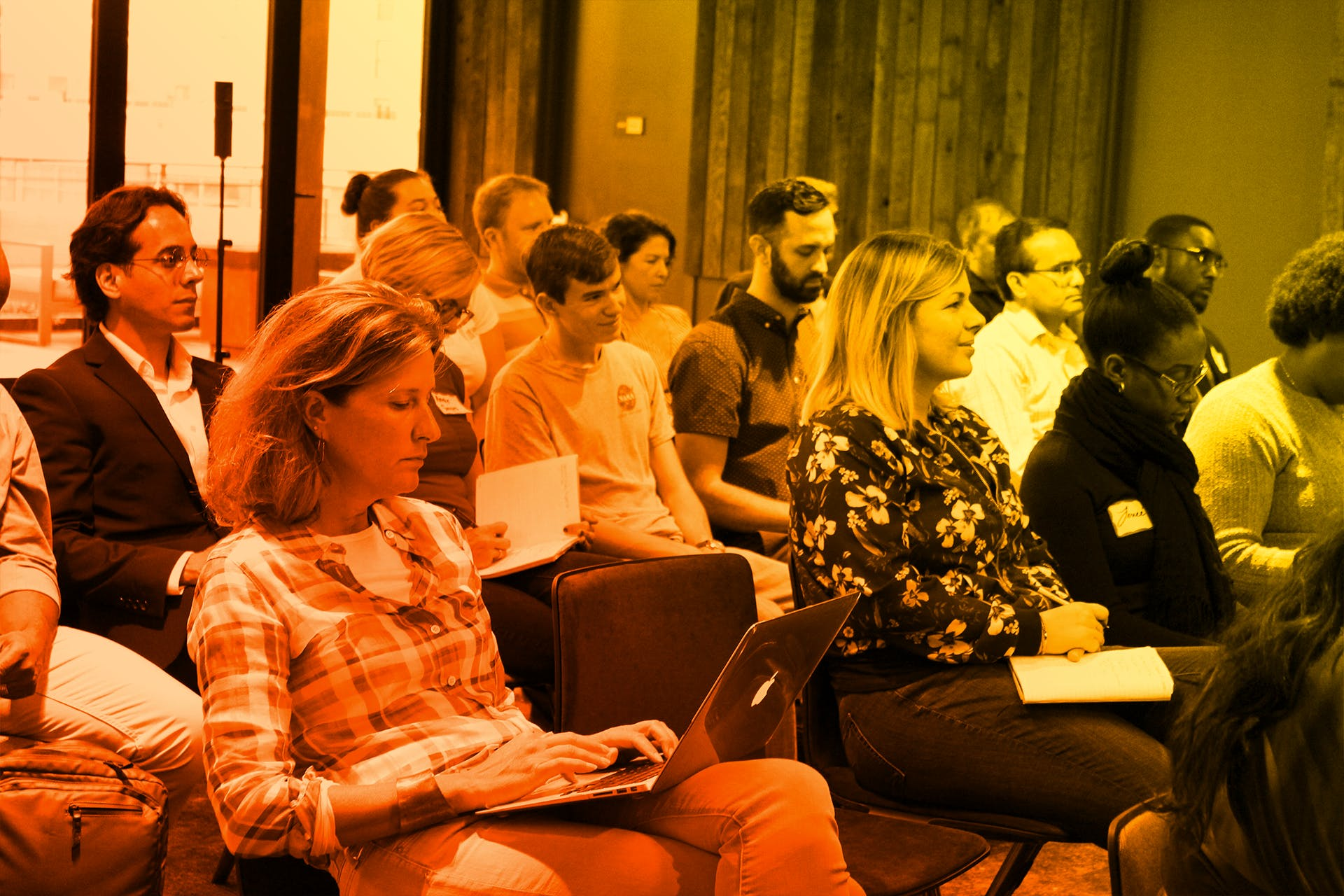 audience at entrepreneur certificate course